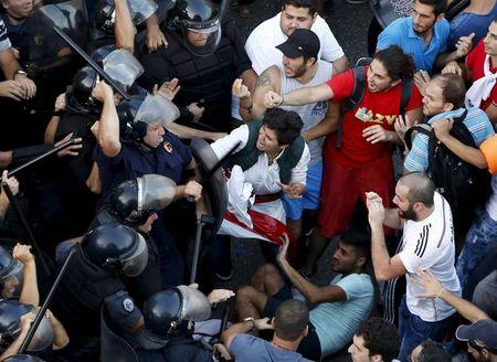 Lebanon should investigate use of force in protests: Amnesty