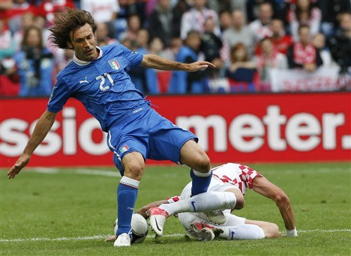 EURO 2012 LIVE: Spain 4 Ireland 0