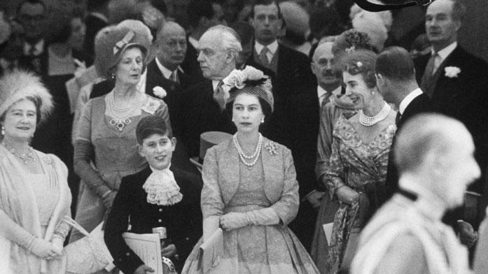 LIFE's rare photos of Queen Elizabeth II