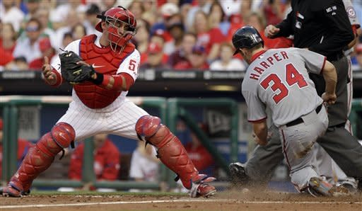 Zimmermann goes 6 innings as Nats beats Phils 5-2