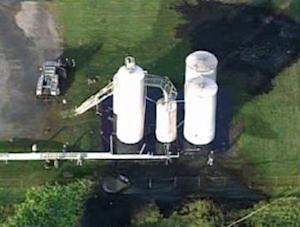 10,000-gallon tank explodes at Pa. plant; 1 dead
