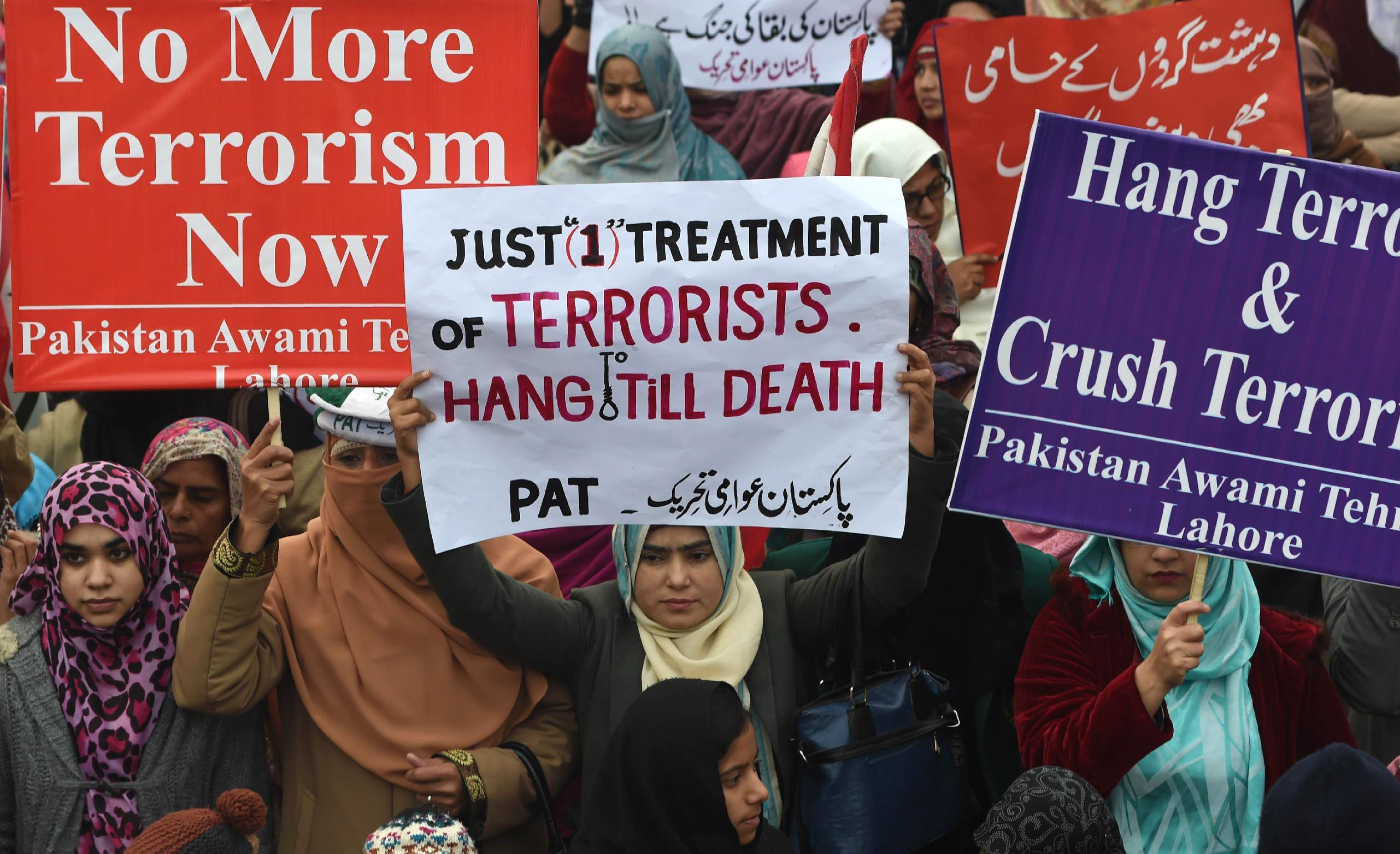 Pakistan plans to execute 500 terror convicts, officials say