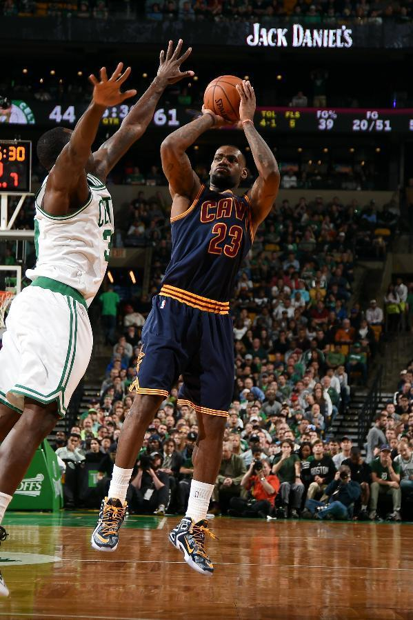 Cavs sweep Celts as James scores 27 in 101-93 victory