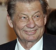 German former media magnate Leo Kirch, seen here in 2006, has died in Munich, southern Germany at the age of 84, a spokesman for his group told AFP