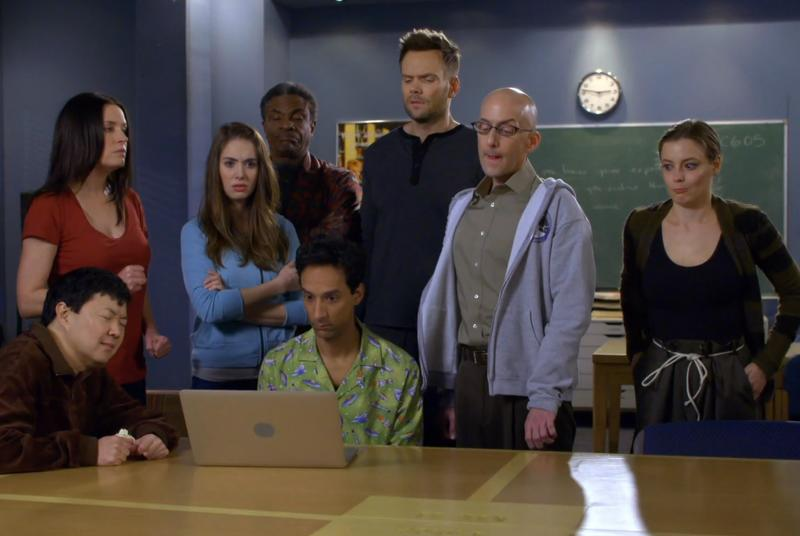 Community enters the 'age of Yahoo' with new season six trailer