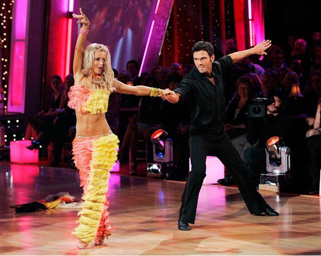 "Chuck Wicks and Julianne Hough perform the Salsa to ""Say Hey (I Love You)"" by Michael Frant & Spearhead on ""Dancing with the Stars."""