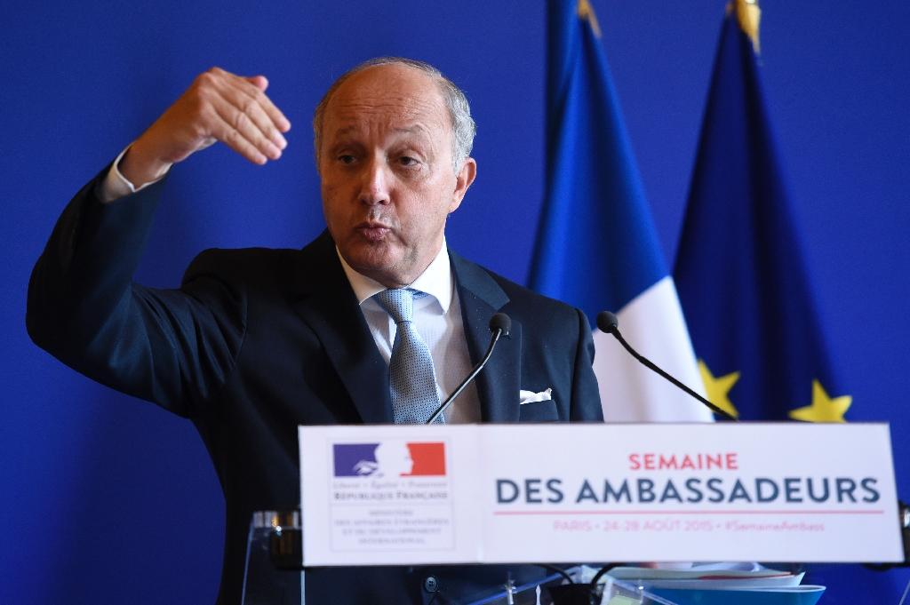 Stance of some E. Europe nations on migration 'scandalous'-France