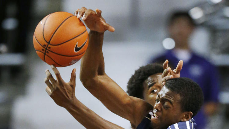 Foster has 25 as K-State beats Oral Roberts 71-63