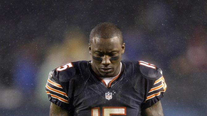 Chicago Bears wide receiver Brandon Marshall (15) walks off the field after the Bears' 13-6 loss to the Houston Texans in an NFL football game in Chicago, Sunday, Nov. 11, 2012. (AP Photo/Nam Y. Huh)