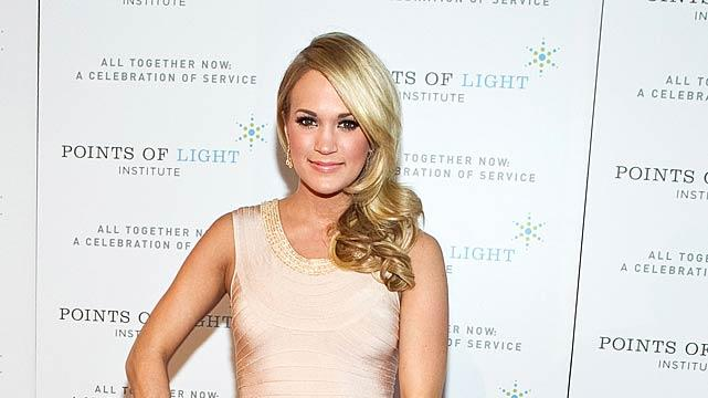 Carrie Underwood Points Light Tribute
