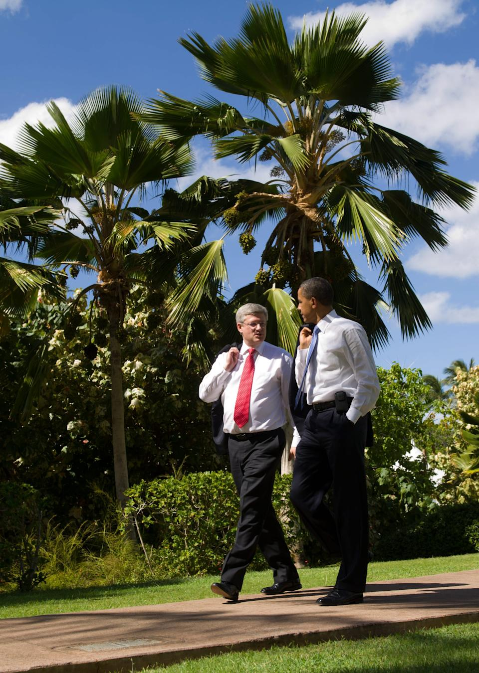 Prime Minister Stephen Harper meets with US President Barack Obama at the 2011 APEC Summit in Kapolei, Hawaii on Sunday, November 13, 2011. THE CANADIAN PRESS/Sean Kilpatrick