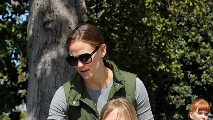 Jennifer Garner is a busy mom