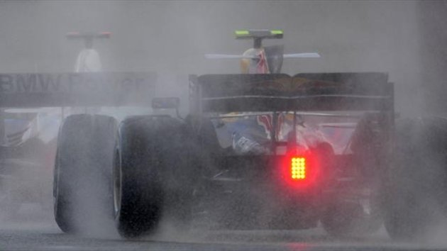 Generic shot of Formula One cars in the rain (Reuters)
