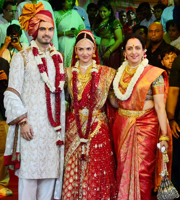 Esha ties the knot with B …