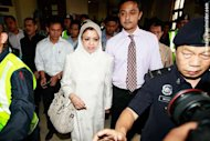Shahrizat kata tidak perlu minta maaf kepada rakyat Malaysia mengenai isu NFC