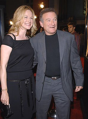 Robin Williams and Laura Linney at the Los Angeles premiere of Universal Pictures' Man of the Year