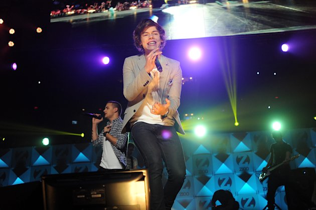 Singer Harry Styles and the group One Direction perform at Z100&#39;s Jingle Ball 2012 presented by Aeropostale at Madison Square Garden on Friday Dec. 7, 2012 in New York. (Photo by Evan Agostini/Invision/AP)