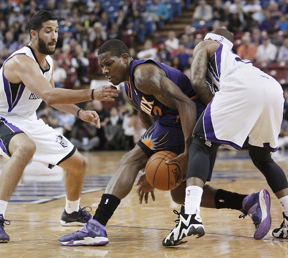 Cousins, Kings win 3rd straight, 107-90 over Suns