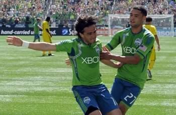 Seattle Sounders 4-0 San Jose Earthquakes: Lamar Neagle double leads rampant Sounders to huge win