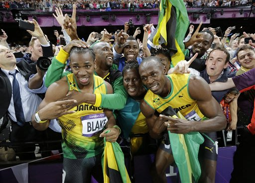 The Bolt Show moves on to the 200 at Olympics