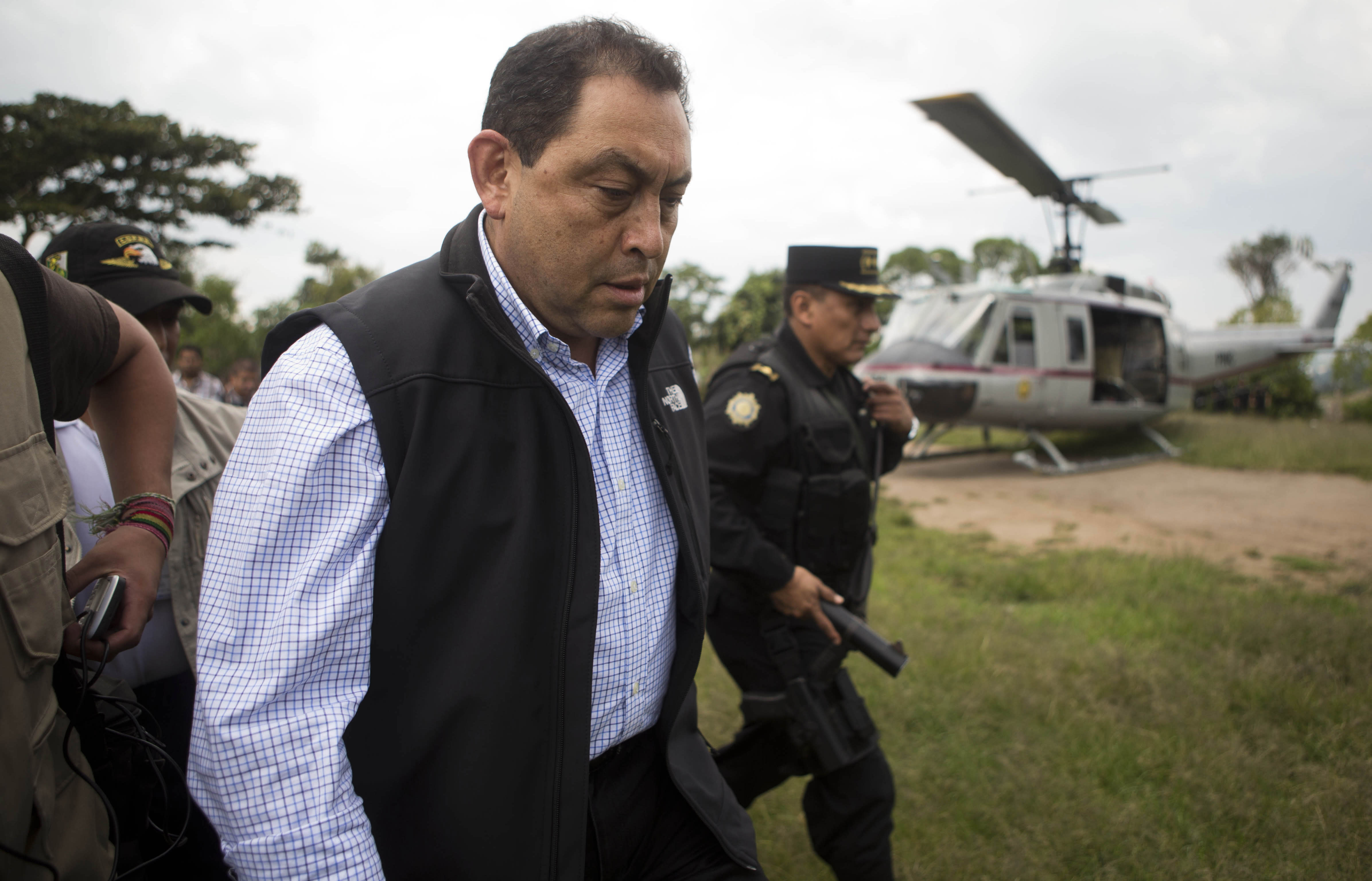 Guatemala interior minister resigns amid political crisis
