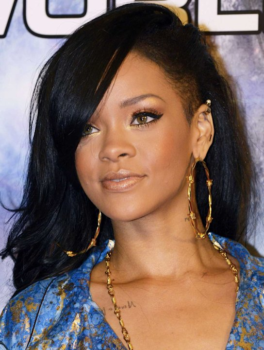 Rihanna's Red Carpet Beauty Hero? St Tropez's Naval Blue Tan