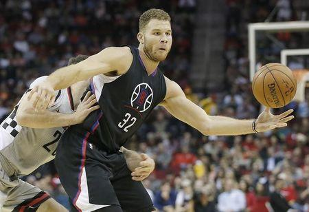 Clippers suspend Griffin four games for punching incident