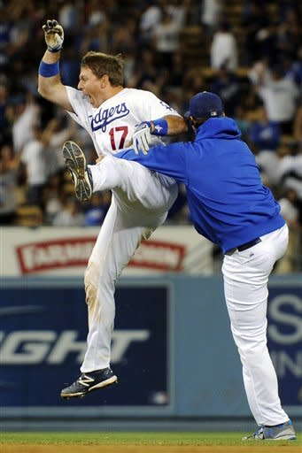 Dodgers beat Padres 4-3 in 11 innings
