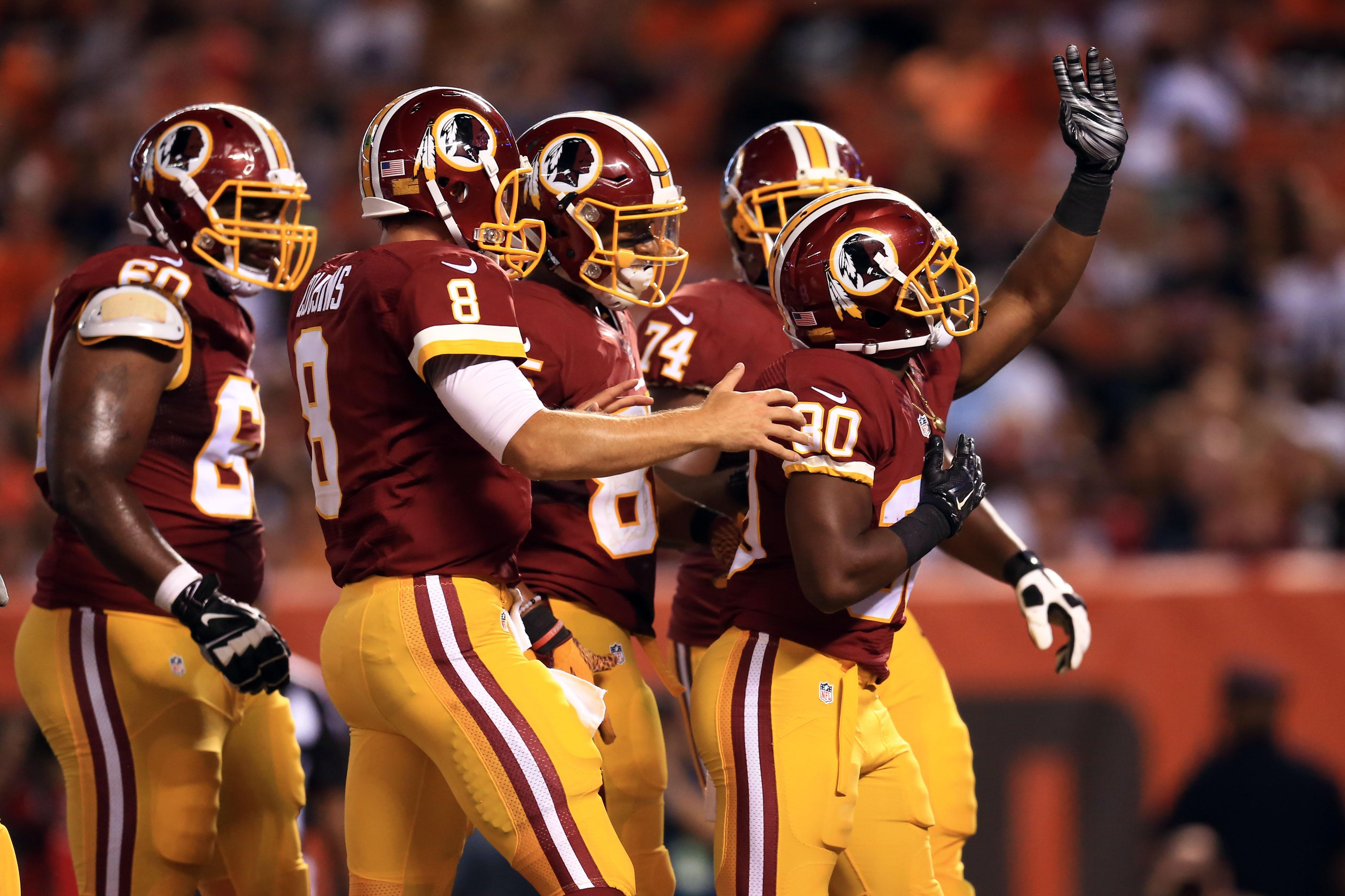 Redskins locker room goes nuts after Popeyes delivery