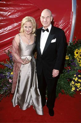 Patrick Stewart and wife 71st Annual Academy Awards Los Angeles, CA 3/21/1999