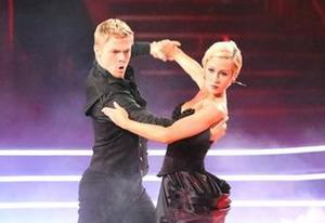 Derek Hough, Kellie Pickler | Photo Credits: Adam Taylor/ABC