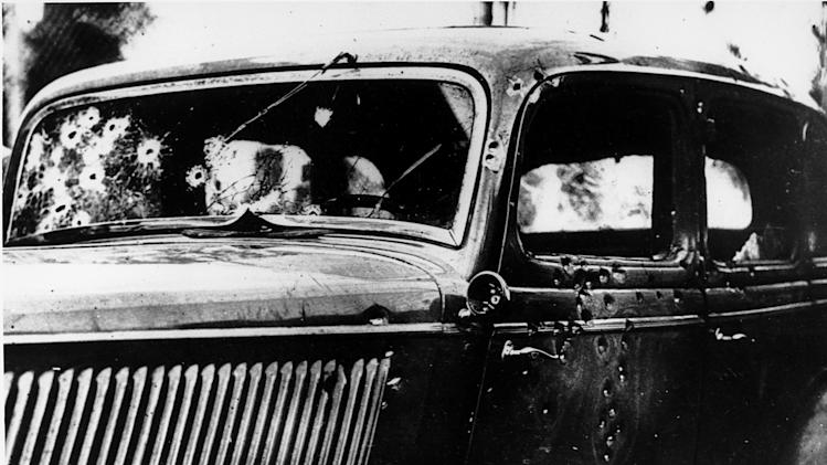 CLYDE BARROW'S CAR