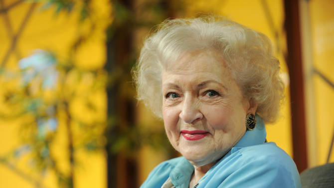 """FILE - Actress Betty White poses for a portrait following her appearance on the television talk show """"In the House,"""" in Burbank, Calif., in this Nov. 24, 2009 file photo. White said Friday May 11, 2012 she usually keeps her political views private but in this presidential election she strongly favors Barack Obama. (AP Photo/Chris Pizzello, File)"""