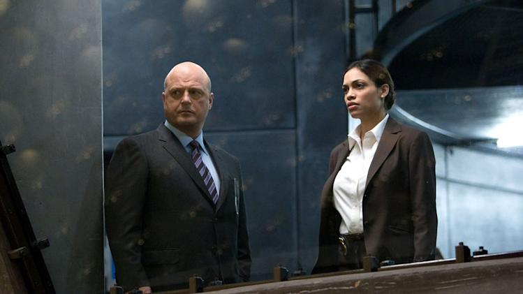 Rosario Dawson Michael Chiklis Eagle Eye Dreamworks Still