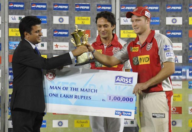 Kings XI Punjab DA Miller receiving the Man of the Match award during award ceremony of the match between Kings XI Punjab and Pune Warriors India at Punjab Cricket Association Stadium, Mohali on April