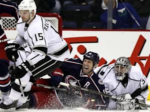 Brown has goal, assist as Kings top Jackets 2-1