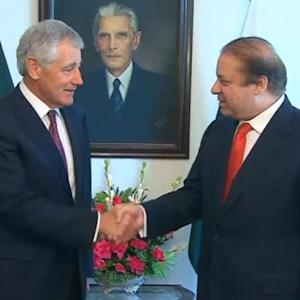 Pentagon chief Hagel in Pakistan for talks on security, drones