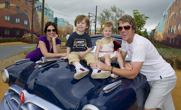 Joe Don Rooney Of Rascal Flatts Visits New Walt Disney World Hotel