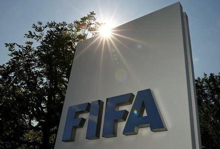 FIFA disowns 'girls in schools' and Blatter comments by reform chief