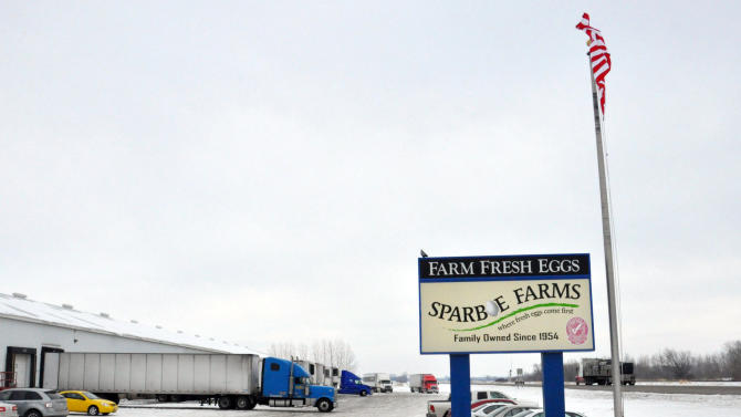 10 arrested as federal agents search Sparboe Farms