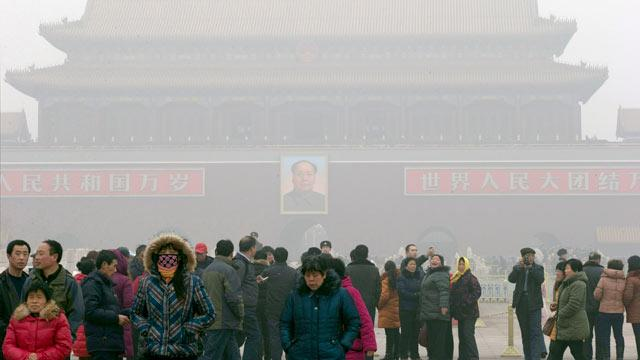 China Smog Prompts Sale of Canned Air