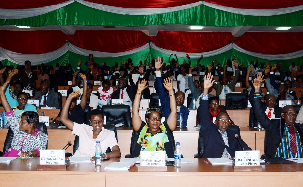 African group urges leaders to stick with ICC