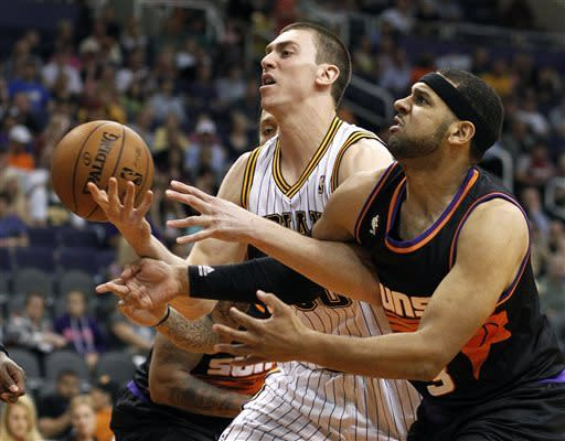 George leads balanced Pacers past Suns, 112-104