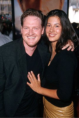 Premiere: Donal Logue with his arm around a woman at the Loews Century Plaza premiere of Columbia's The Patriot - 6/27/2000