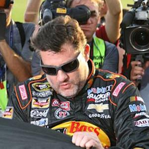 Tony Stewart receives warm welcome back