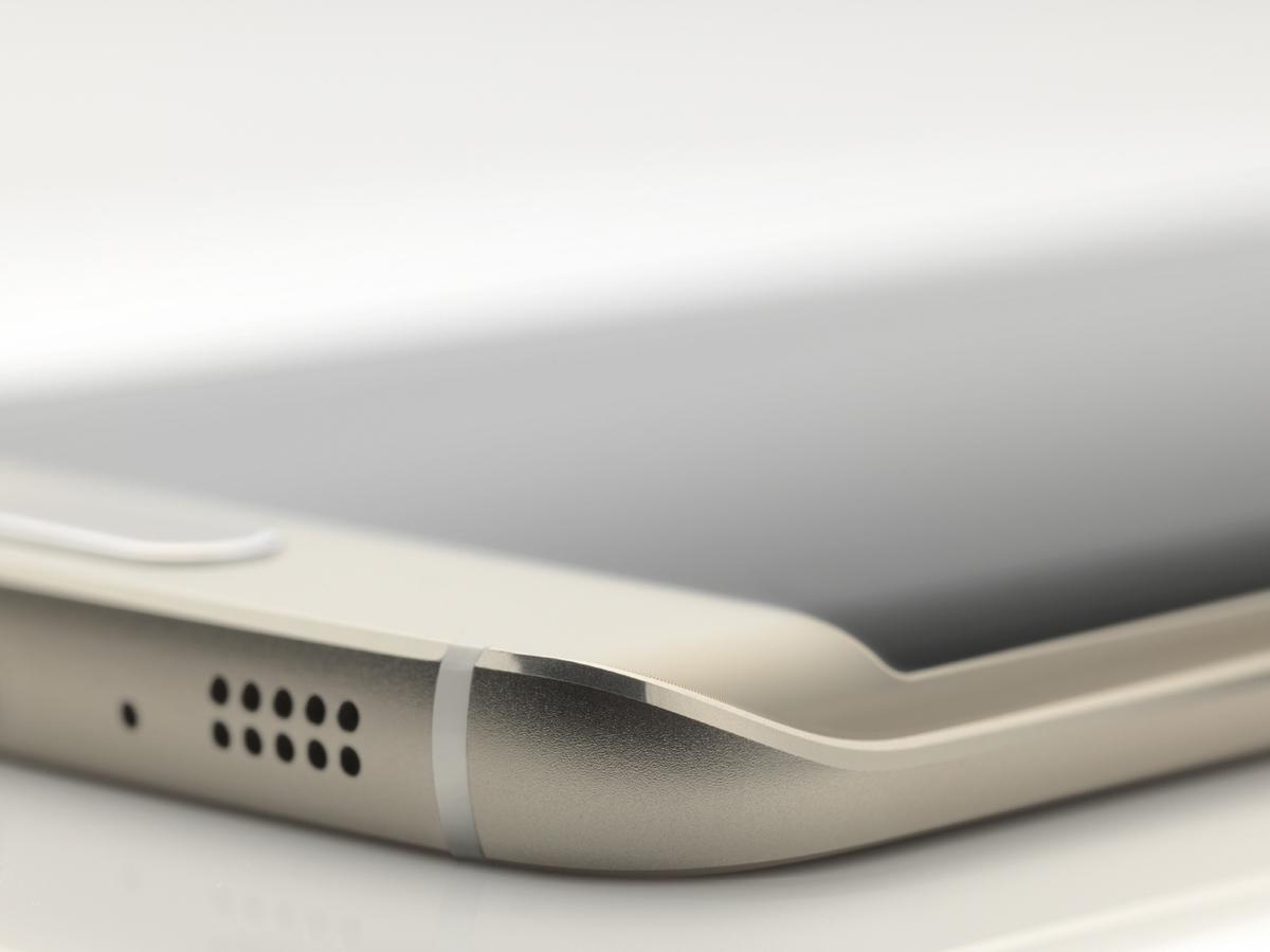 A bigger, better Galaxy S6 may debut soon – and yes, it reportedly copies the iPhone