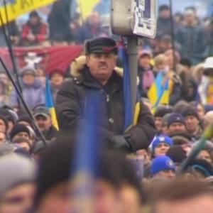 Massive anti-government protest in Kiev