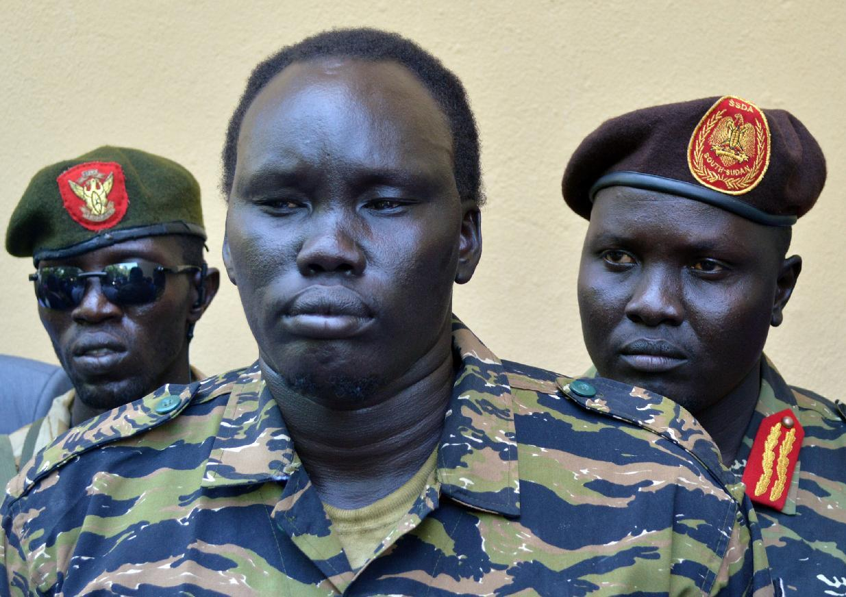 Hundreds of South Sudan child soldiers freed