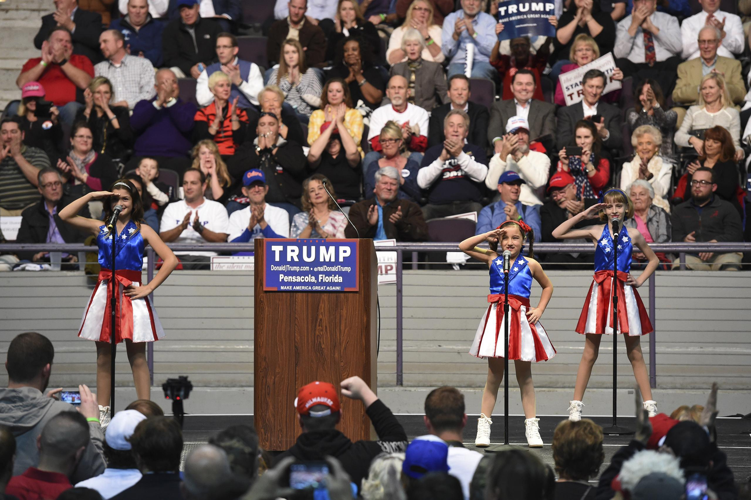 Dad Behind Pro-Donald Trump 'USA Freedom Kids' Plans to Sue Campaign