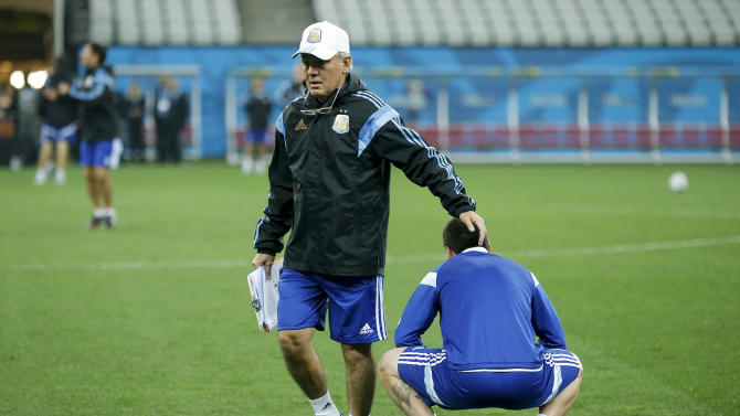 Sabella: Argentine Messi is the 'best of them all'